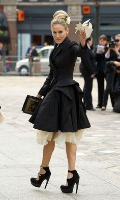 Sarah Jessica Parker at Alexander McQueen's funeral wearing McQueen.