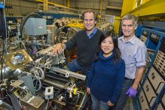 """In what may provide a potential path to processing information in a quantum computer, researchers have switched an intrinsic property of electrons from an excited state to a relaxed state on demand using a device that served as a microwave """"tuning fork. Nuclear Magnetic Resonance Spectroscopy, Physics Research, Tuning Fork, Magnetic Resonance Imaging, Information Processing, International Teams, String Theory, Quantum Mechanics"""