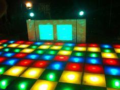 Drive-in show inclusief verlichte dansvloer.