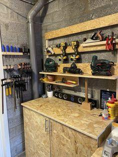 Garage Tools, Garage Workshop, Garage Storage, Learn Woodworking, Woodworking Crafts, Woodworking Plans, Roof Trusses, Tool Sheds, Garage Design