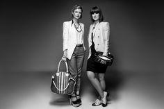 Katie + Kelle from Isakelle! Wearing #Saben handbags