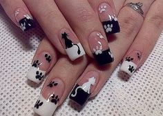 Get ready for some manicure magic as we bring you the hottest nail designs from celebrities, beauty brands and the catwalks Frensh Nails, French Manicure Nails, Cat Nails, French Tip Nails, Manicure Ideas, Cat Nail Art, Animal Nail Art, Paw Print Nails, Stylish Nails