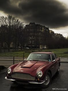 // Aston Martin DB6 by MB Photographie