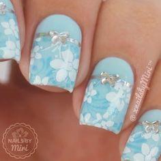 Cute Blue Nails nail art by xNailsByMiri Bow Nail Art, Floral Nail Art, Acrylic Nail Art, Acrylic Nail Designs, Nail Art Designs, Glitter Gradient Nails, Blue Nails, Nail Art Videos, Great Nails