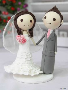 Wedding Cake topper many layers strapless wedding dress clay doll, wedding clay couple decoration, clay figurine, clay miniature ring holder