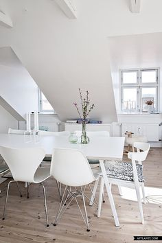 Lovely Home of Danish Stylist Camilla Tange | Afflante.com
