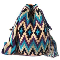 Each Wayuu bag bas taken from 15-20 days to make, each make has been crafted with love in the desert of La Guajira, Colombia.    www.lombiaandco.com Women Empowerment, Tapestry, Embroidery, Crochet, How To Make, Crafts, Diy, Colombia, Bags