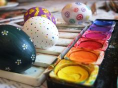 Imprimible: Huevos de Pascua para colorear - Ideas para decorar HUEVOS DE PASCUA Aprendiendo con Julia