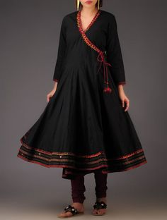 To place order DM us or whatsapp on 6394837380 Pakistani Dress Design, Pakistani Dresses, Indian Dresses, Indian Outfits, Kurta Designs Women, Salwar Designs, Blouse Designs, Kurta Style, Casual Dresses
