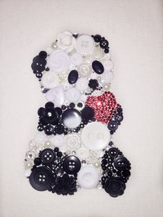Panda Button Art Canvas 99 Wall Art Valentines Day Gift Heart Button Decorations Panda with Heart Bead Crafts, Jewelry Crafts, Jewelry Art, Arts And Crafts, Button Art Projects, Button Crafts, Button Decorations, Valentines Day Decorations, Diy Buttons