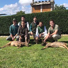 A falta de 2 salidas más y habernos dejado la puntería en casa, es decir, haber fallado 5 corzos, hemos tenido la suerte de disfrutar de una tierra maravillosa y conocer un equipo increíble, al que le estamos muy agradecidos del trato y de haber formado parte de su familia! #rincondecaza #jagd #hunt #corzo #caza #rececho #roedeer #campo #galicia http://misstagram.com/ipost/1549363385019558155/?code=BWAccowFmkL