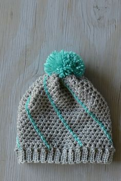Free Crochet Pattern - Diagonal Hatch Slouchy Hat | Mix and match colors for your perfect hat