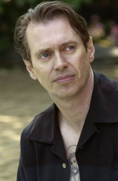 Italian Americans ~ Steve Buscemi  is an American actor, director and writer. Buscemi's father was of Italian descent; his ancestors were from the town of Menfi in Sicily.