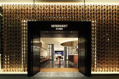 "Intersect ""flagship"" by LEXUS, culture and design showroom - Tokyo Japan Design, Restaurant Hotel, Restaurant Design, Design Commercial, Retail Facade, Facade Lighting, Luxury Store, Shop Fronts, Retail Interior"