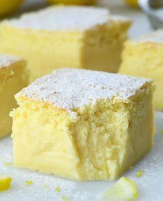 Lemon Dessert Recipes, Easy Desserts, Delicious Desserts, Cake Recipes, Lemon Recipes Easy, Sweets Recipe, Custard Desserts, Yummy Snacks, Yummy Food