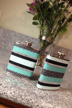 I would use deep teal and sparkly tape for girls, and maybe plain flasks for boys? Cute DIY flask using glitter tape from Michael's. Crafts To Do, Arts And Crafts, Sorority Crafts, Craft Day, Crafty Craft, Crafting, Cute Diys, Gifts For Wedding Party, Little Gifts
