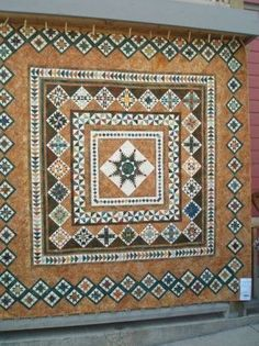 medallion quilt like the beige spaces Strip Quilts, Panel Quilts, Quilt Blocks, Antique Quilts, Vintage Quilts, Quilting Designs, Quilt Design, Quilting Ideas, Civil War Quilts