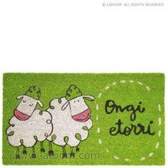 """Laroom - Felpudo verde """"ongi etorri"""" suela vinilo - Laroom diseña y fabrica productos para el hogar y la vida - www.laroom.com Kids Rugs, Ideas, Home Decor, Green, Products, Home, Decoration Home, Kid Friendly Rugs, Room Decor"""
