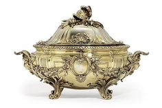 A FRENCH SILVER-GILT SOUP TUREEN, COVER AND LINER