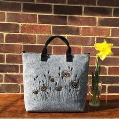 Hey, I found this really awesome Etsy listing at https://www.etsy.com/listing/286468723/felt-poppy-handbag-womans-handbag-gift