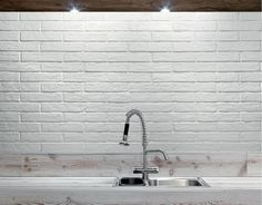 4060 White Brick tiles are sized at 60 x 250 and look exactly like real brick. They come in 4 different colours: white brick (picured), dark brick, red brick and black brick. Pictures of all the different colours can be seen on our Nerang Tiles Instagram and our website on www.nerangtiles.com.au