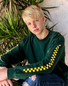 carson lueders bratayley annie my crush youtubers star guys resume flannel names flannels job resume resume cv youtube sons boys - Christine Luders Lebenslauf
