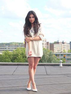 Fashion blogger Anna Nooshin wearing #Esprit: light summer #sweater. #facehunter