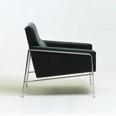 Sessel | Sitzmöbel | Modell 3300 | Fritz Hansen | Arne Jacobsen. Check it out on Architonic