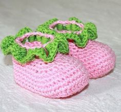 Crochet PATTERN (pdf file) - Ruffle Baby booties