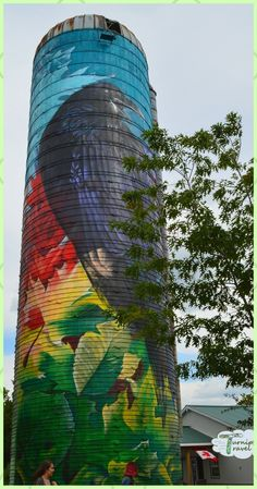 "On the trail of the spectacular ""pop-silos"" of Prescott-Russell, Ontario. (And we found deep fried cheese too! 3d Street Art, Street Art Graffiti, Art Du Monde, Barn Art, Building Art, Water Tower, Old Barns, Fried Cheese, Chalk Art"
