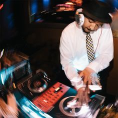 Unlimited Entertainment! Keros Entertainment DJ's provides extensive music catalogues for your wedding and if you notify us with any special requests ahead of time, we will have no problem adding them to the playlist.