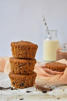 Υγιεινά Muffins πορτοκαλιού με κομμάτια σοκολάτας (vegan) – Let's Treat Ourselves Krispie Treats, Rice Krispies, Chocolate Muffins, Vegan, Desserts, Food, Chocolate Chip Muffins, Tailgate Desserts, Deserts