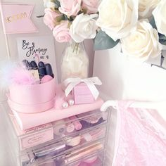Good way to organize makeup Princess Aesthetic, Pink Aesthetic, Girls Bedroom, Bedroom Decor, Bedroom Ideas, Tout Rose, Make Up Storage, Pink Room, Everything Pink