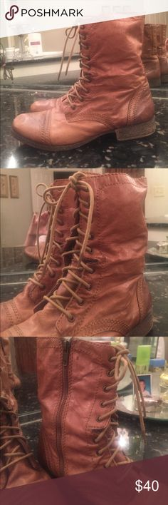 STEVE MADDEN COMBAT BOOTS Size 10. In Great Condition. Steve Madden Shoes Combat & Moto Boots