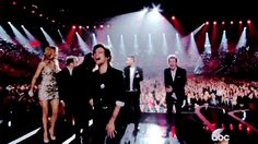 What a night, guys. WHAT A NIGHT. | One Direction Paid Tribute To Zayn, Liam Had An Awkward Moment, And Harry Grabbed Niall's Balls