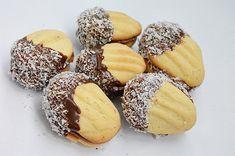 Pogacele cu branza reteta traditionala ardeleneasca Biscuits, Garlic, Muffin, Gem, Cookies, Fruit, Vegetables, Breakfast, Food