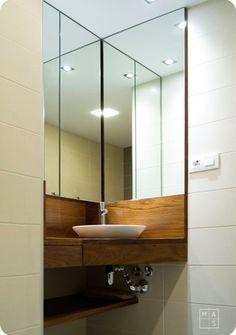 Lavamanos y mueble en esquina para ba os peque os espejo for Banos esquineros pequenos