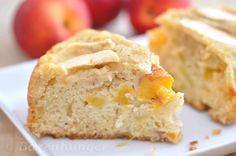 Apfel-Pfirsich-Kuchen [Springform, 18 cm] Cornbread, Baking, Eat, Ethnic Recipes, Food, Recipe Ideas, Instagram, New Recipes, Apple
