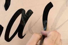 Learning sign painting – Lettering Daily