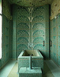cabine de bain des Thermes d ' Aix les Bains ( France ) construits en 1933 par Roger Pétriaux