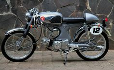1969 Honda S90 Café Racer. Why don't I have the disposable income to modify mi moti-bike! This looks sick!