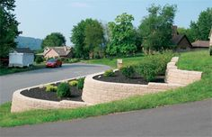 Retaining Wall and garden for the side or front yard?