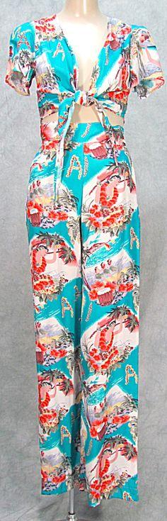VTG 1960s LADIES SML HAWAIIAN MOTIF TIE TOP AND PANTS