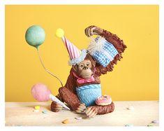 Animal Themed Birthday Party, Animal Party, Birthday Party Themes, Party Animals, Happy Birthday, Zoo Cake, Lollipop Tree, Elephant Cake Toppers, Safari Animals