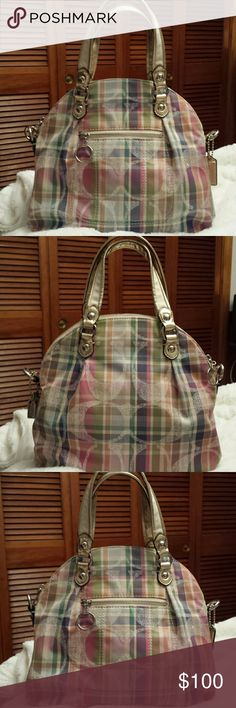 Coach Poppy Daisy Madras Signature Satchel Gorgeous!  RARE! Coach Signature Poppy Daisy Madras Satchel,  Creed 19697, 2 Slide pockets,  zip pocket,  zip top,  Pretty clear white Sequins on C's Great condition Coach  Bags Satchels