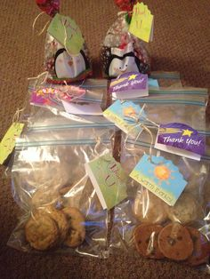Employee appreciation cookie bags :) Employee Thank You, Employee Rewards, Employee Gifts, Employee Appreciation, Appreciation Gifts, Employee Recognition, Employee Engagement, Good Deeds, Christmas Gifts