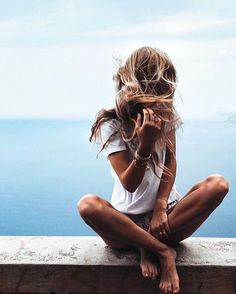 Image about girl in insta inspiration by Celine Daoust, Poses Photo, Summer Of Love, Summer Sun, Summer Hair, Summer Vibes, Summertime, Photoshoot, Pictures