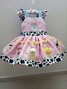 Princess Outfits, Baby Princess, Cute Girl Outfits, Dog Dresses, Girls Dresses, Cow Birthday Parties, Cow Baby Showers, Farm Themed Party, Pink Cow