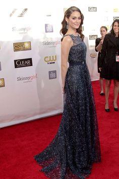 Emmy Rossum attends 2013 Critics' Choice Awards in a Carolina Herrera gown.