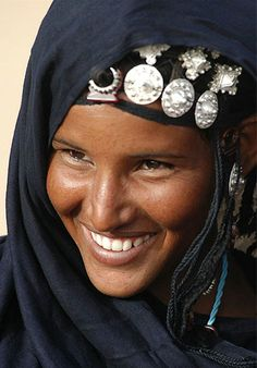 Beautiful Photos From The World Beautiful Smile, Black Is Beautiful, Beautiful People, African Beauty, African Women, Tuareg People, Beauty Around The World, Portraits, African Culture
